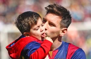 Lionel Messi : Câlins avec Thiago devant sa belle Antonella avant un récital