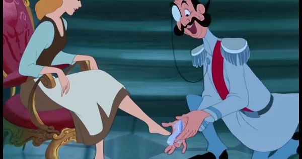 Cendrillon le dessin anim l gendaire de disney ridiculis - Dessin anime cendrillon walt disney ...