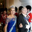 La reine Margrethe II de Danemark donnait le 17 mars 2015 au palais de Christiansborg un dîner en l'honneur de la visite officielle du roi Willem-Alexander et de la reine Maxima des Pays-Bas, auquel ont pris part le prince Frederik et la princesse Mary, le prince Joachim et la princesse Marie, ainsi que la princesse Benedikte et le prince Richard.
