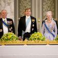 La reine Margrethe II de Danemark offrait le 17 mars 2015 au palais de Christiansborg un dîner en l'honneur de la visite officielle du roi Willem-Alexander et de la reine Maxima des Pays-Bas, auquel ont pris part le prince Frederik et la princesse Mary, le prince Joachim et la princesse Marie, ainsi que la princesse Benedikte et le prince Richard.