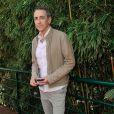 Alain Chamfort aux Internationaux de France de tennis de Roland-Garros, à Paris le 6 juin 2013.