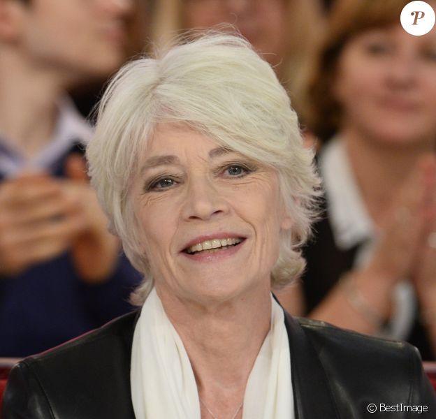 """Françoise Hardy lors de l'enregistrement de l'émission """"Vivement Dimanche"""" à Paris le 24 septembre 2013"""