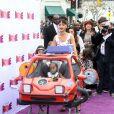 Rihanna avec Majesty, la fille de sa cousine, à la première du film En route! au Regency Village Theatre de Westwood, Los Angeles, le 22 mars 2015.