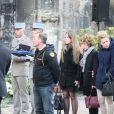Alain Vastine, son épouse Sylvie et leur fille Cassie lors des obsèques d'Alexis Vastine en l'église Saint-Ouen de Pont-Audemer le 25 mars 2015
