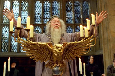 Dumbledore gay : La maman d'Harry Potter, J.K. Rowling, réagit