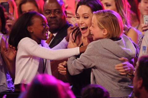 Angelina Jolie-1ère apparition depuis l'opération : Irrésistible avec ses filles