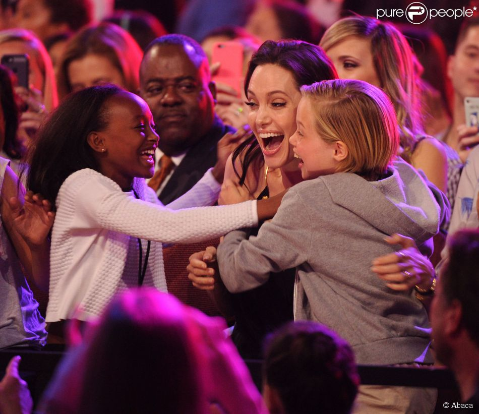 Zahara Marley Jolie-Pitt, Angelina Jolie and Shiloh Nouvel Jolie-Pitt in the audience at the 28th Annual Nickelodeon Kids Choice Awards at the Forum on March 28, 2015 in Inglewood, Los Angeles, CA, USA. Photo by Frank Micelotta/PictureGroup/ABACAPRESS.COM29/03/2015 - Los Angeles