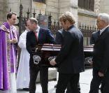 Obsèques de Florence Arthaud : Hommage de ses proches, sa fille bouleversée...