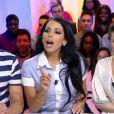 Raphaël des  Anges 7  et Siham dans le  Mag  sur NRJ12, le 1er avril 2015. Les deux candidats de télé-réalité se sont clashés en direct !