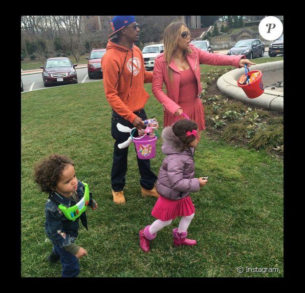 Mariah Carey lors d'une chasse aux oeufs avec ses enfants et son ex Nick Cannon, le 5 avril 2015