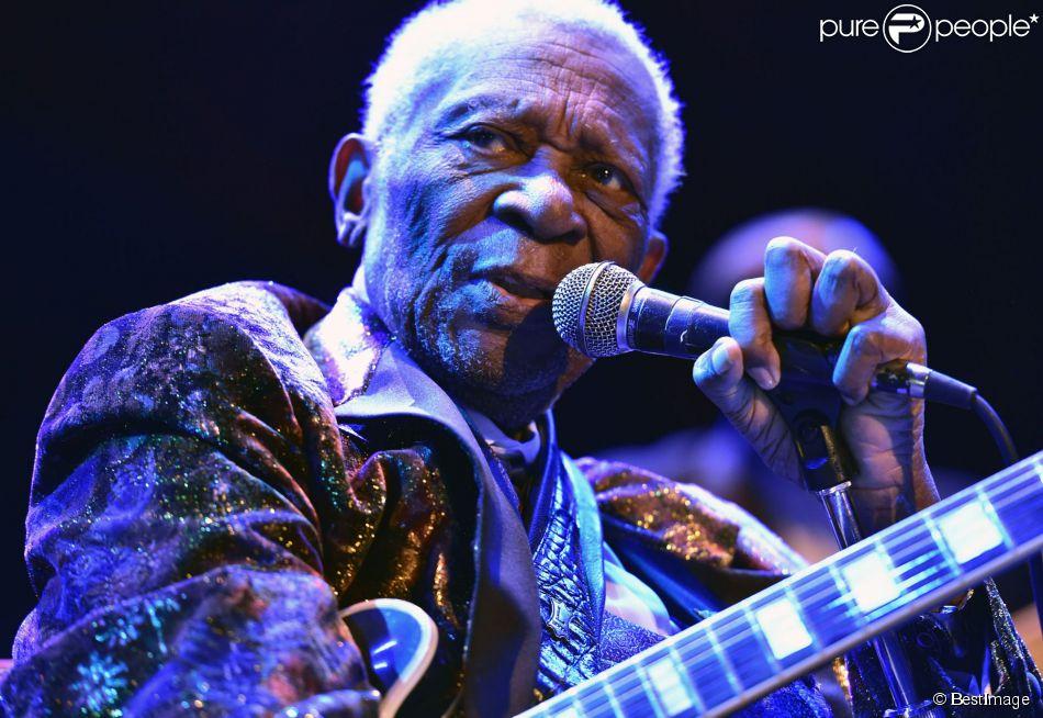 B. B. King en concert au House of Blues à Chicago, le 3 octobre 2014. Le guitariste n'a pu terminer son concert et dû annuler la fin de sa tournée.