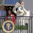 Michelle et le président Barack Obama ont ouvert les portes de la Maison Blanche pour Pâques le 6 avril 2015. Au programme : courts de tennis, matchs de basket, concert du groupe Fifth Harmony et chasse aux oeufs !