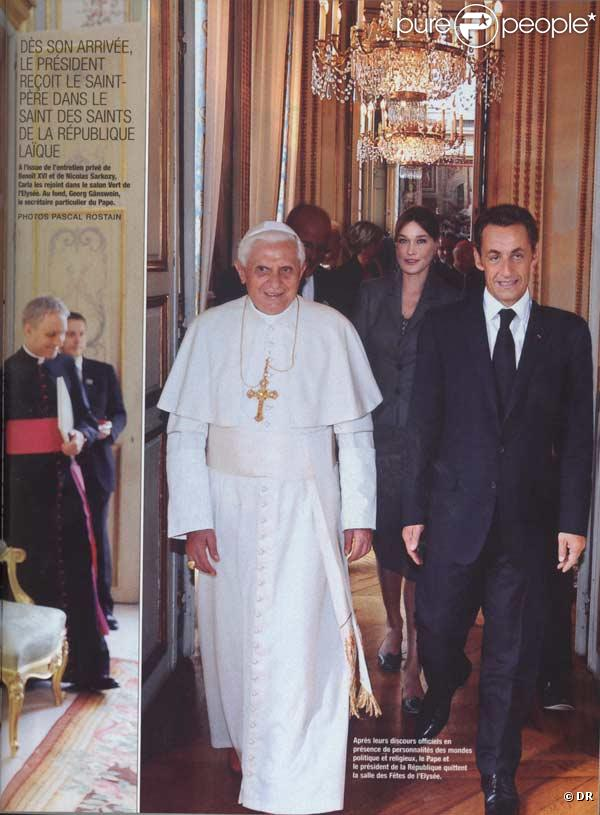 Nicolas Sarkozy et sa 3e jambe