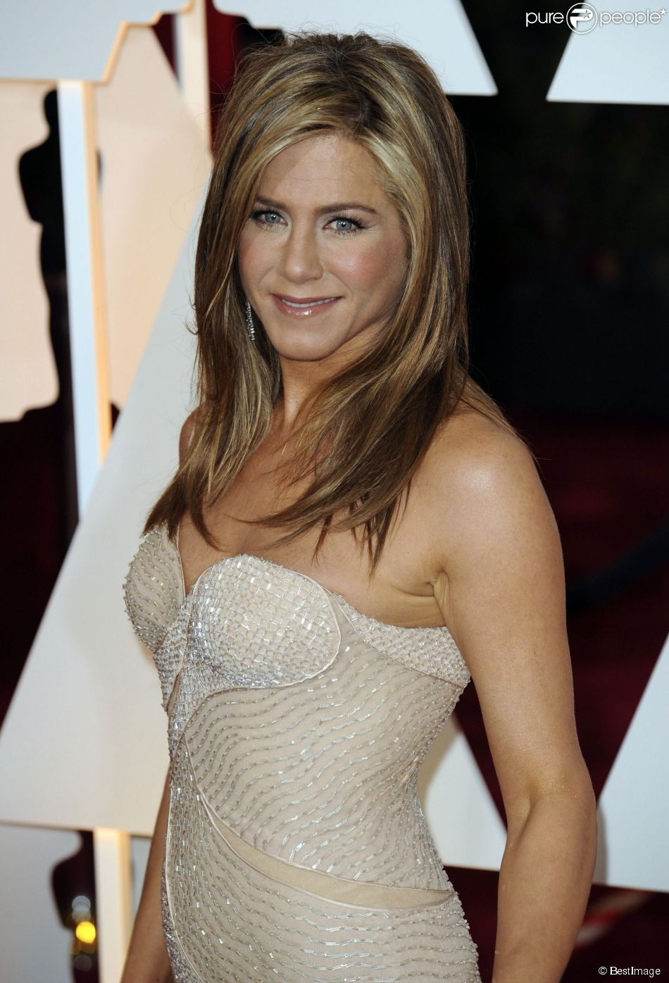 Jennifer Aniston - People à la 87ème cérémonie des Oscars à Hollywood, le 22 février 2015.
