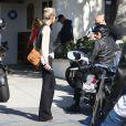 Exclusif - Laeticia Hallyday à Malibu le 12 avril 2015.