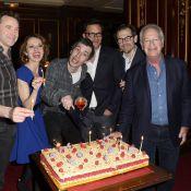 Eric Elmosnino et la troupe d'Un dîner d'adieu fêtent la 200e !