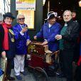 Michou et Jean-Jacques Debout - La République de Montmartre célèbre Radio Montmartre au restaurant La Bonne Franquette à Paris, le 22 avril 2015