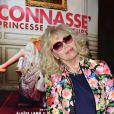 """Amanda Lear - Avant-première du film """"Connasse, Princesse des coeurs"""" au cinéma Elysées Biarritz à Paris, le 23 avril 2015."""
