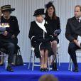 Le prince William commémorait le 25 avril 2015 avec sa grand-mère la reine Elizabeth II et le duc d'Edimbourg l'ANZAC Day et le centenaire de la bataille de Gallipoli, au Cénotaphe de Whitehall, à Londres.