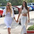 Khloe Kardashian et Kendall Jenner - La famille Kardashian à la messe de Pâques à Calabasas. Le 5 avril 2015