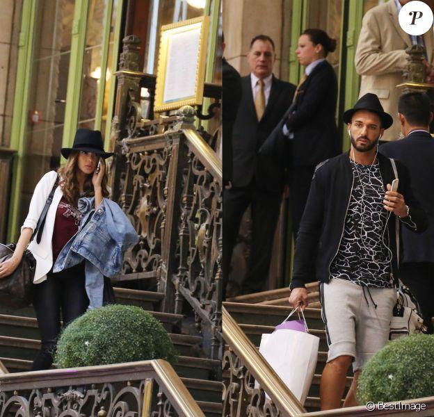 Nabilla Benattia et Thomas Vergara à la Gare de Lyon à Paris, le 24 avril 2015.