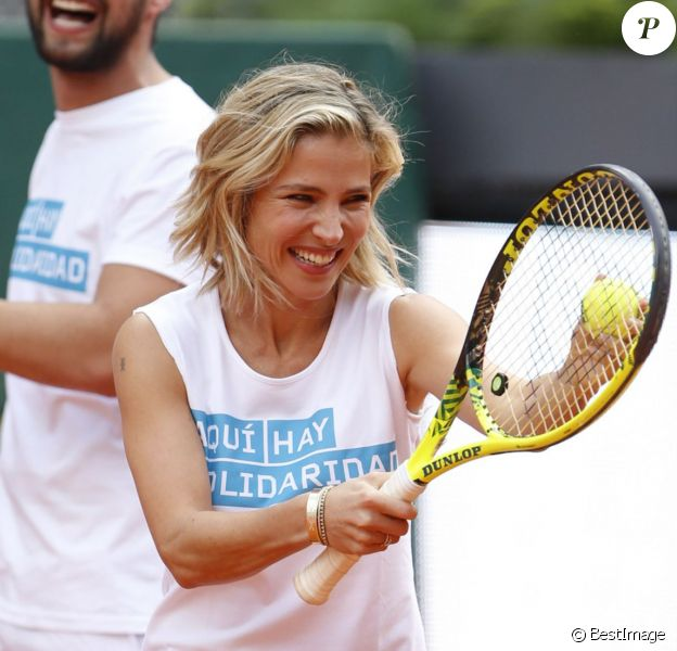 Jesus Castro et Elsa Pataky jouent au tennis lors d'une journée caritative au Masters de Madrid, le 1er mai 2015
