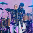 Adam Levine chante sur le plateau de l'émission 'Jimmy Kimmel Live!' à Hollywood, Los Angeles, le 6 mai 2015
