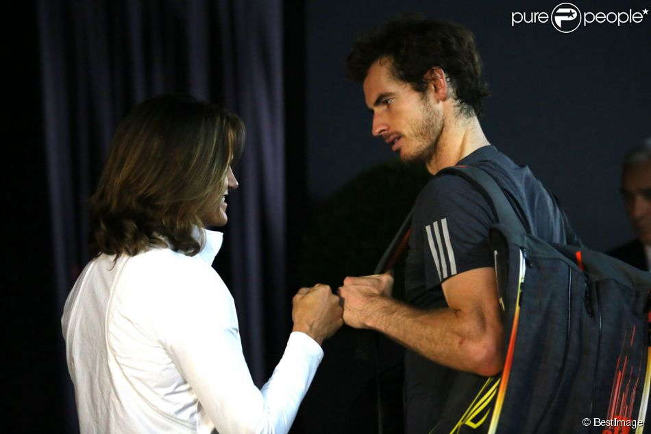Andy Murray et Amélie Mauresmo lors du 3ème jour du tournoi de tennis BNP Paribas Masters 2014 au palais omnisports de Paris-Bercy à Paris, le 29 octobre 2014.