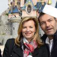 """Valérie Trierweiler et Marc-Emmanuel - Lancement de la campagne """"Vacances d'été 2015"""" du Secours Populaire à Disneyland Paris. Le 16 mai 2015"""