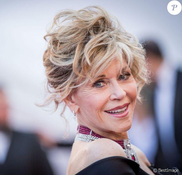 """Jane Fonda - Montée des marches du film """"Youth"""" lors du 68e Festival International du Film de Cannes, le 20 mai 2015."""