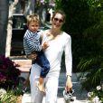 Kelly Rutherford avec son fils Hermés Gustaf Daniel Giersch à Beverly Hills, le 12 juin 2010