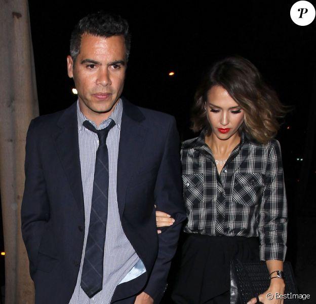 Jessica Alba et son mari Cash Warren - People au restaurant Craig à Los Angeles le 2 juin 2015.