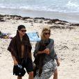 La sublime Heidi Klum et Vito Schnabel en vacances à la plage à Saint-Barthélémy le 31 mai 2015.