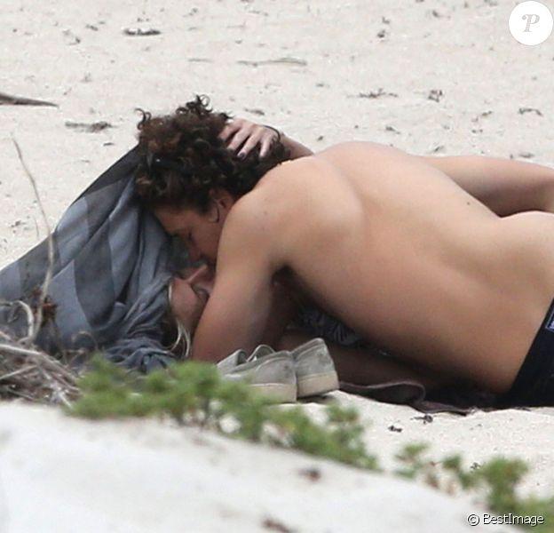 Le top Heidi Klum et Vito Schnabel en vacances à la plage à Saint-Barthélémy le 31 mai 2015