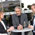 Exclusif - Jeremy Irons, Emilie Dequenne (habillée en Paule Ka et en bijoux Van Cleef & Arpels) et son mari Michel Ferracci - Ouverture du 4e Champs Elysées Film Festival à Paris le 9 juin 2015.