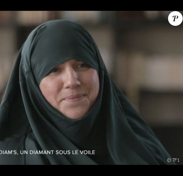 L'ex-chanteuse Mélanie Georgiadès, alias Diam's, interviewée dans le magazine d'information Sept à huit sur TF1, le dimanche 24 mai 2015.