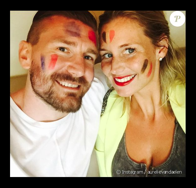 Aurélie Van Daelen et son amoureux. Rivaux pour le foot mais fou d'amour dans le vie. Juin 2015.