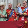Camilla Parker Bowles, le prince Charles, le prince George et le prince William le 13 juin 2015 à Londres, parade qui célèbre l'anniversaire officiel de la reine.