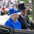 """La reine Elisabeth II d'Angleterre et le prince Philip, duc d'Edimbourg - La famille royale d'Angleterre à la course hippique """"Royal Ascot"""". Le 17 juin 2015"""