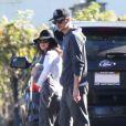 Semi Exclusif - Rachel Bilson, son compagnon Hayden Christensen et leur fille Briar Rose montent à bord d'un camping-car avec des membres de leur famille, dont Janice Stango, la mère de Rachel Bilson, à Barstow en Californie, le 15 janvier 2015.
