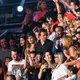 Exclusif - Nikos Aliagas dans la foule, dans les arènes de Nîmes à l'occasion de la spéciale Fête de la musique de l'émission  La Chanson de l'année  sur TF1, le samedi 20 juin 2015.