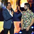 Exclusif - Nikos Aliagas et Kendji Girac, dans les arènes de Nîmes à l'occasion de la spéciale Fête de la musique de l'émission  La Chanson de l'année  sur TF1, le samedi 20 juin 2015.