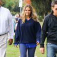 Brooke Mueller (l'ex femme de Charlie Sheen) va chercher ses enfants Bob et Max a l'ecole a Los Angeles le 12 novembre 2013.