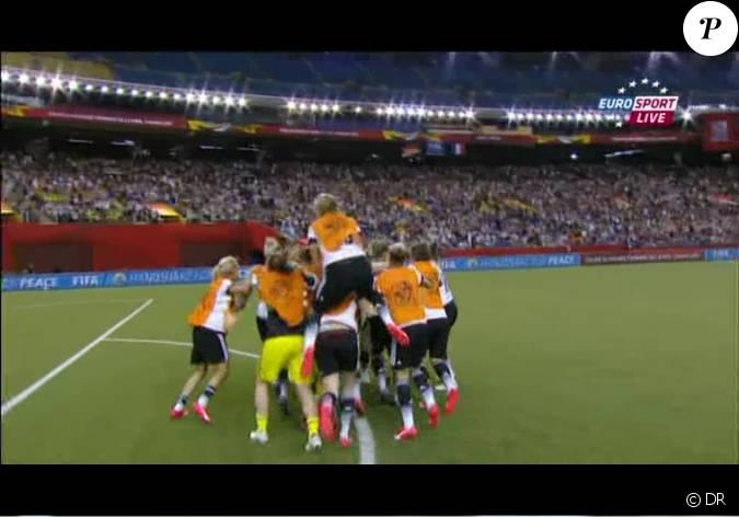 Les joueuses allemandes apr s leur qualification en demi finale lors du quart de finale de coupe - Qualification coupe du monde 2015 ...