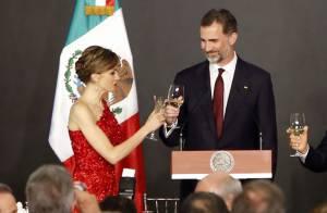 Letizia d'Espagne à Mexico : Reine de l'élégance dans une robe rouge envoûtante