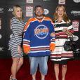 """Harley Quinn Smith, Kevin Smith et Jennifer Schwalbach Smith à la première de """"Big Hero 6"""" à Hollywood, le 4 novembre 2014."""