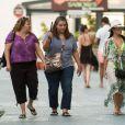 Exclusif - Eva Longoria fait du shopping en bikini dans les rues de Marbella en Espagne, le 4 juillet 2015