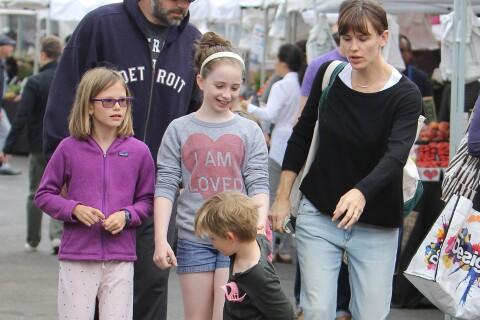 Jennifer Garner et Ben Affleck en vacances avec leurs enfants : Des ex tendus...