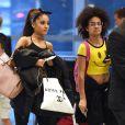 Exclusive - Ariana Grande et Tyler Ford du magazine Rookie arrivent à l'aéroport de JFK, à New york, le 29 juin 2015