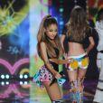 Ariana Grande - Les stars ont enflammé le podium pour accompagner les Anges lors du défilé Victoria's Secret à Londres, le 2 décembre 2014.